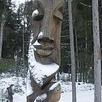 Dovilė Selickaitė. Medžio drožinys puošiantis Punios šilą